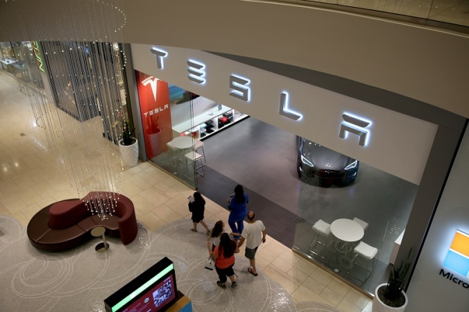 Tesla Earns $46 Million In Q4 As Stock Soars Amid Apple Rumors
